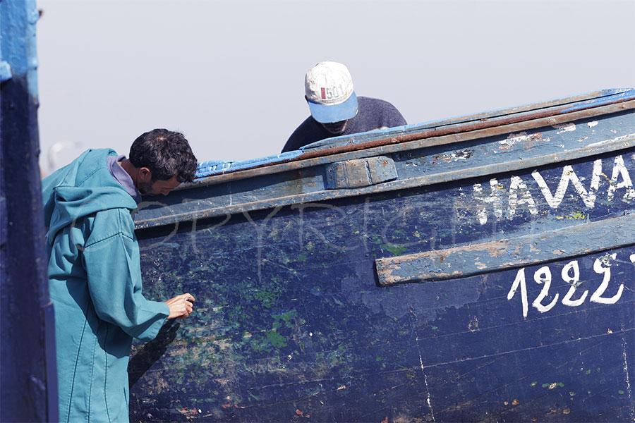Essaouira pintando el barco